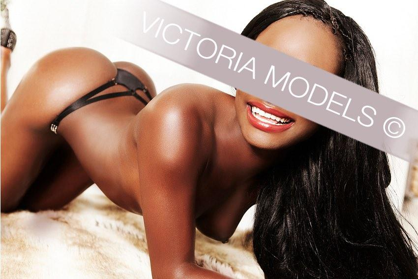 escort-model-dusseldorf-gianna009