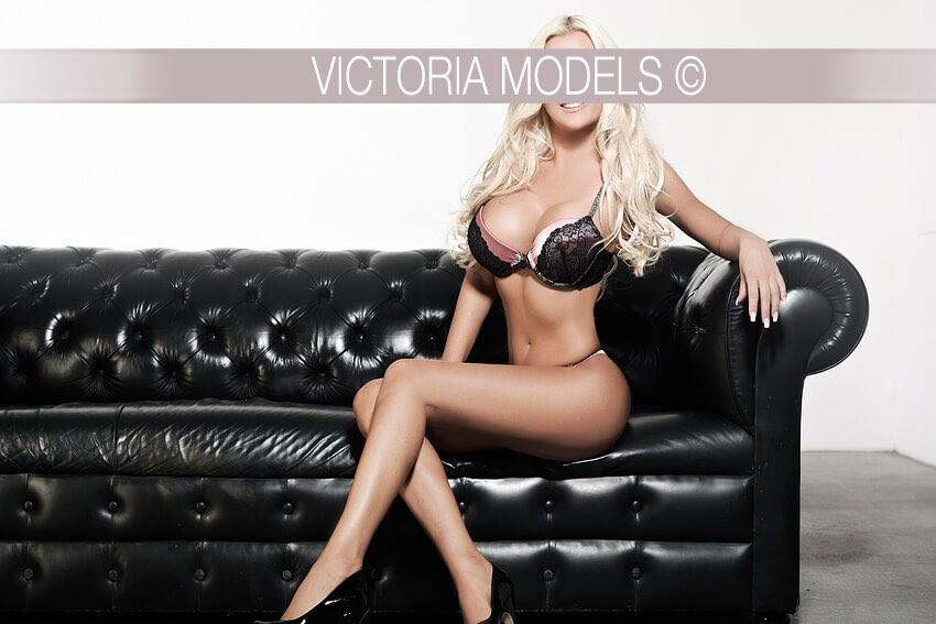 escort-dusseldorf-model-kelly 009